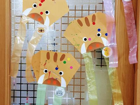 1月の製作・うめ組(獅子舞といのししの凧)