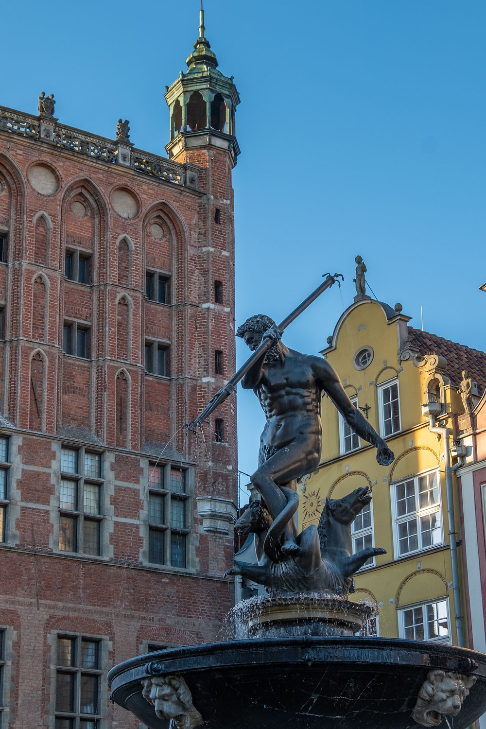 A statue in the Polish City of Gdansk
