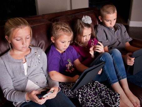 Top tips for controlling your child's mobile addiction