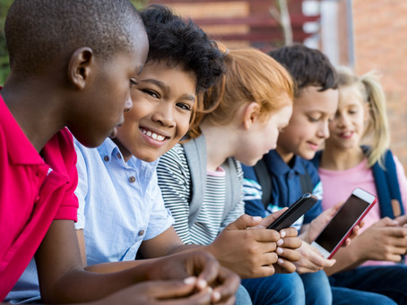 Can smartphones be used as educational tools?