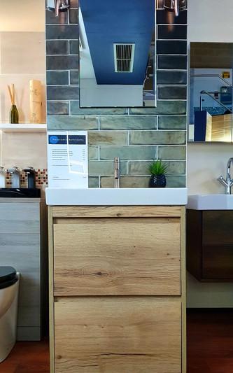Zion 600 Oak Floor Standing Unit & Basin