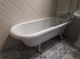 hylton rolltop shower bath 1700 x 750.jp