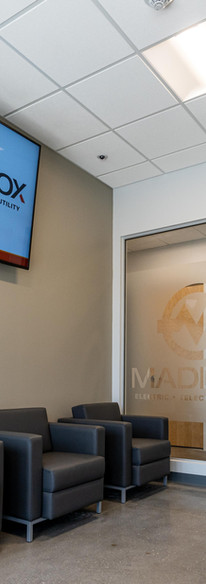 Maddox_Electric_081121-02912.jpg