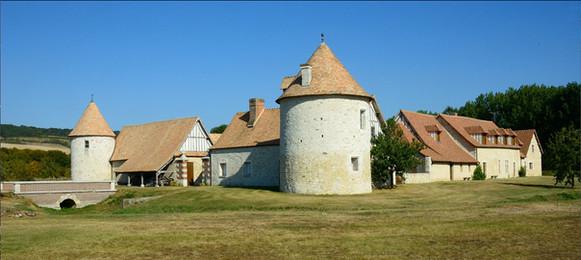 La Croix-Saint-Leufroy - Ferme du Chateau (XVII)
