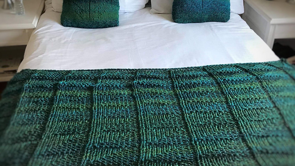 Seas of Green Bed Throw