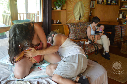 Dar a Luz en Casa Nace Mateo alumbramiento placenta.jpg