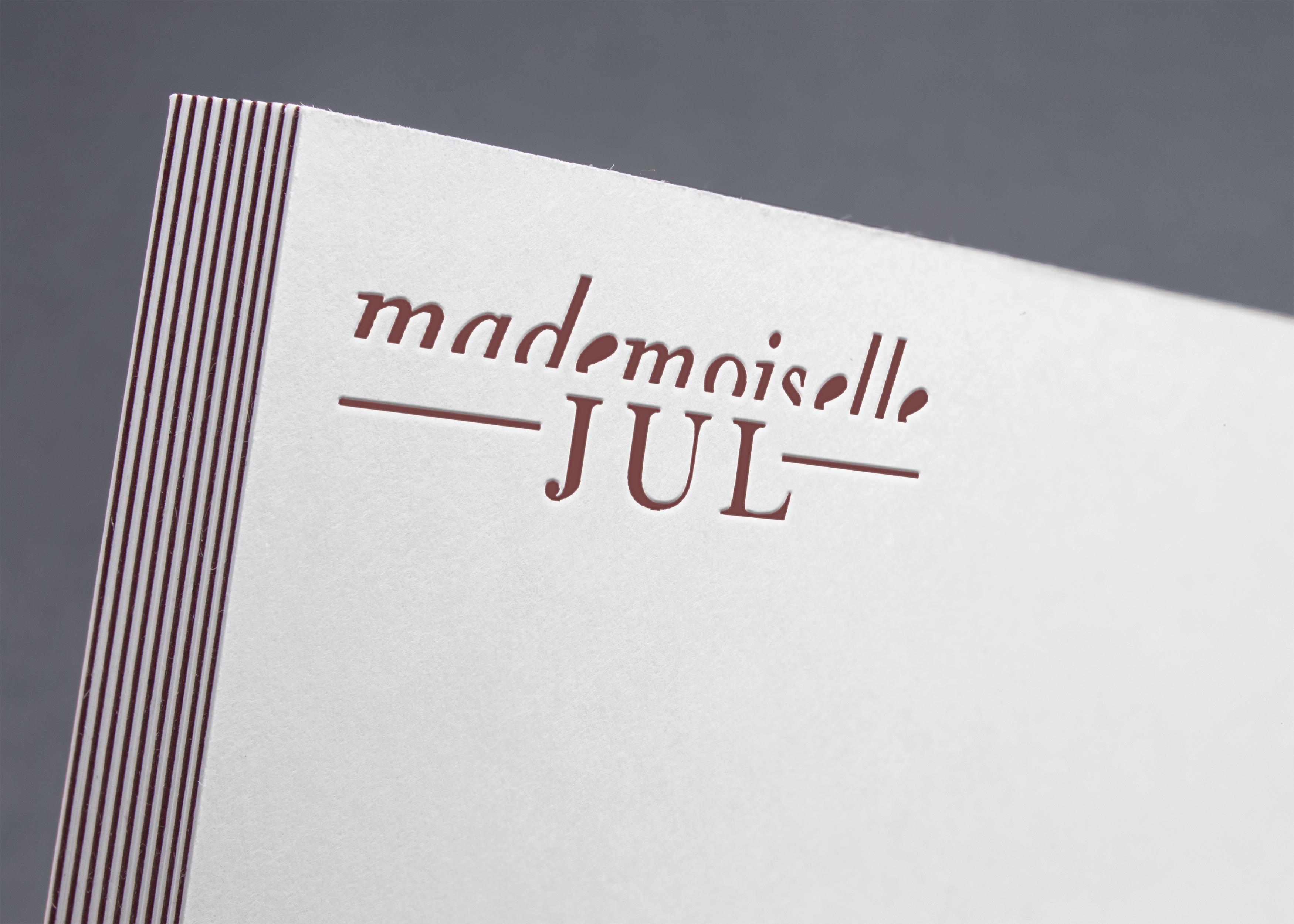 MADEMOISELLE JUL
