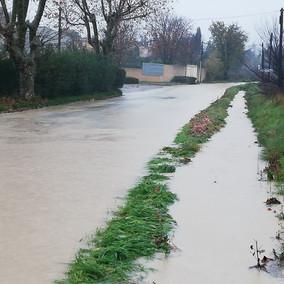 Ruisseau de Mikely - Vieille route de Rognes - Chocolaterie