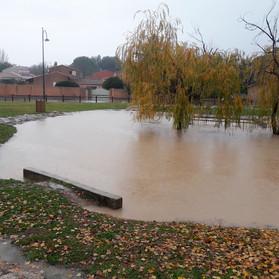 Bassin devant l'ecole Brémond