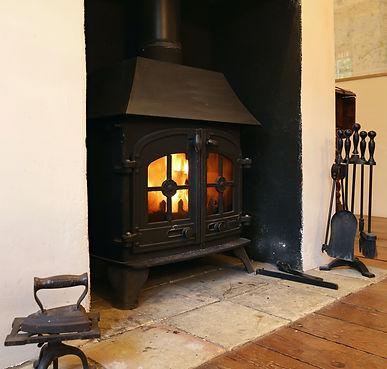 Logburning stove | Wood burner | self-catering holiday-cottage | North Norfolk
