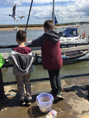 Gilly crabbing at Wells Quay