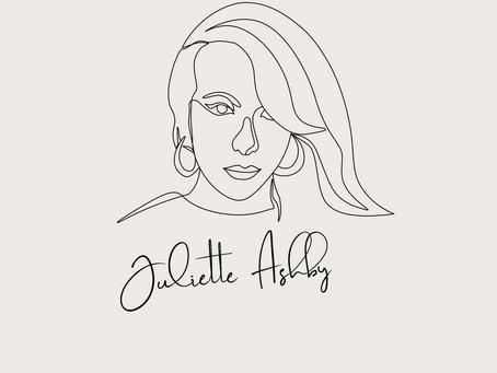 Juliette Ashby se adentra en la vibra tropical a lo grande con una colaboración global.