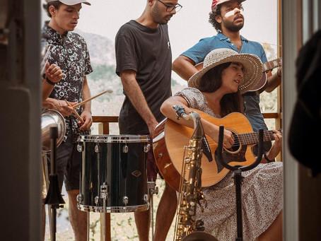 """Andrea Cruz devuelta en el estudio y con nuevo video para """"Puente a la vida"""""""
