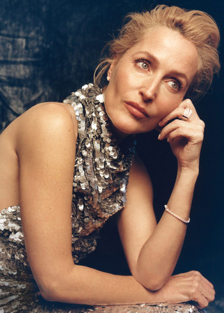 INSTYLE X GILLIAN ANDERSON