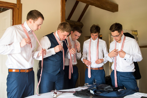Brad Gommon Photography - Groom Prep-3.j