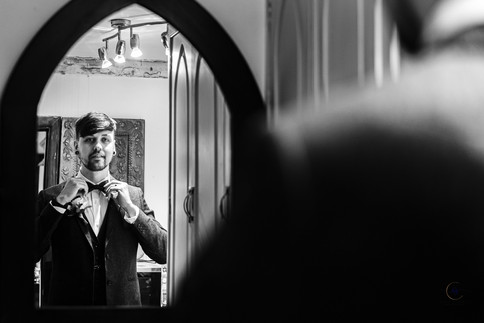 Brad Gommon Photography - Groom Prep-29.