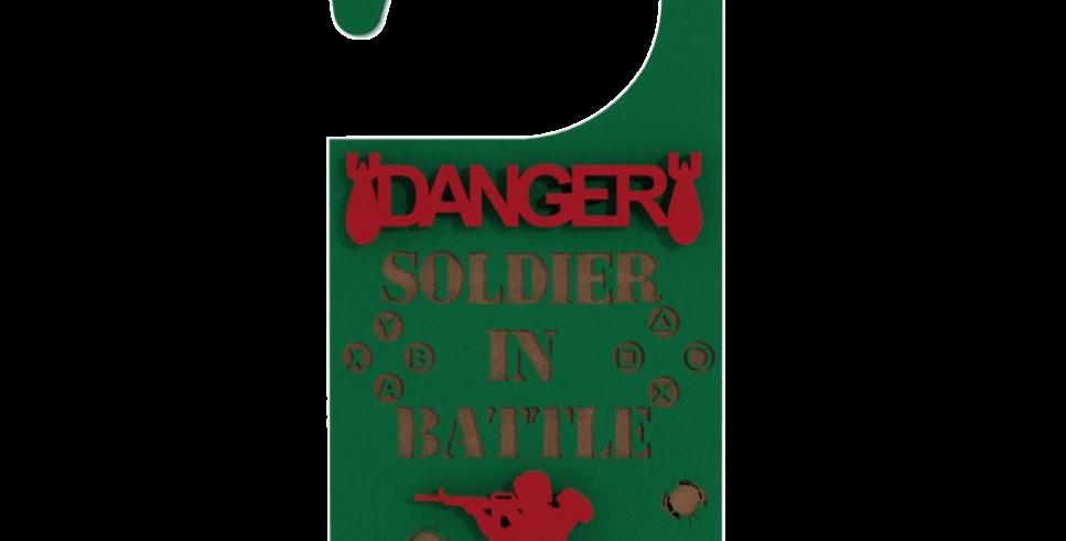 Aviso de Porta Cosplay Soldado em batalha - 10x21cm