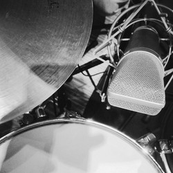 Close-Up - Snare