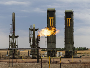 Fracking's Secret Problem - Oil Wells Aren't Producing as Much as Forecast