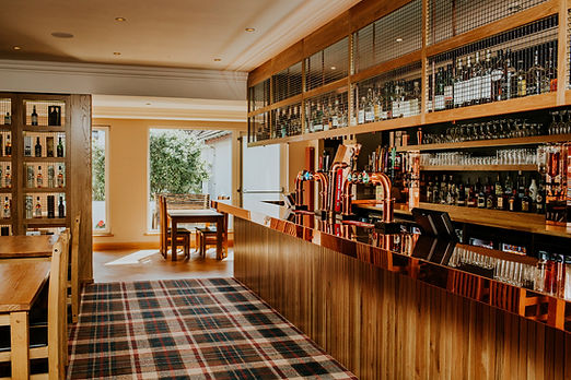 Bar & courtyard View