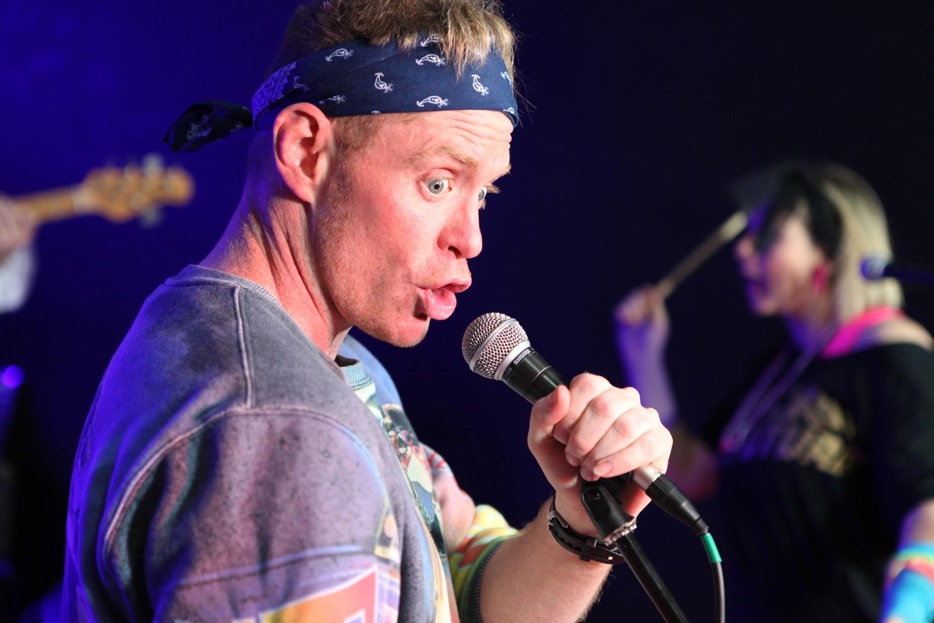 Gareth on vocals