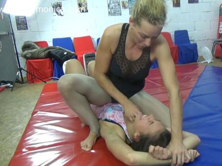 Eli v Kimbra - Tickle Wrestling