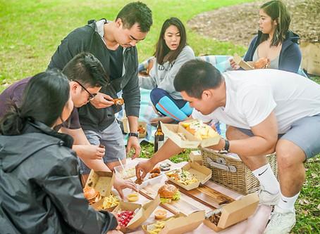 Summer Picnic Essentials with Foodora