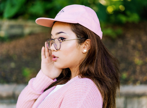 Clear Frame Glasses: Yes or No?
