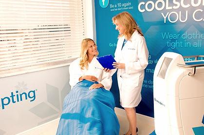 Female-Patient-Doctor-iPad-Large copy_ed