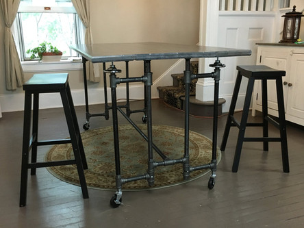 STEAMPIPE Compact Table