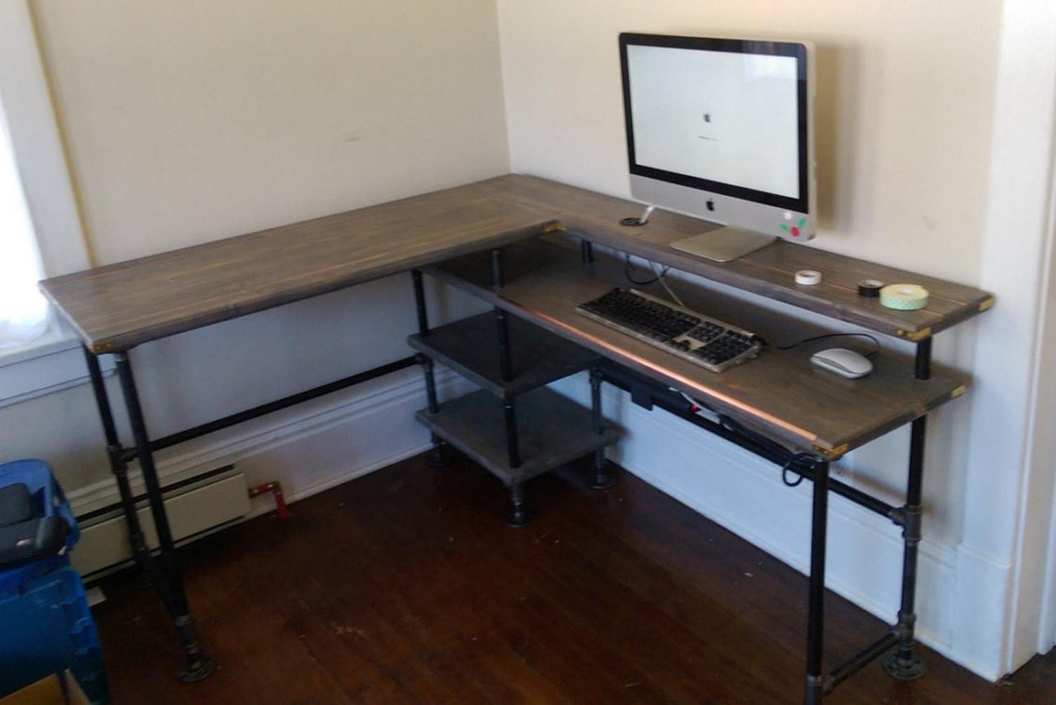 STEAMPIPE Computer Desk