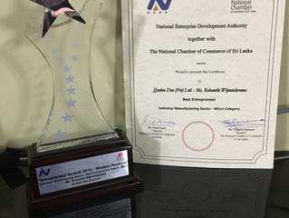 Rohanthi from Quebee Den wins Best Entrepreneur Award at Entrepreneur Awards 2016