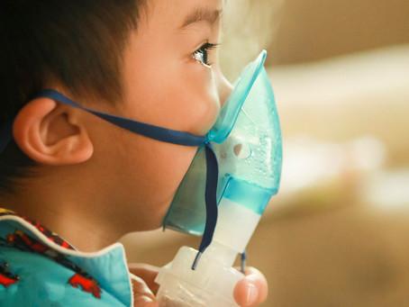 Cesarianas podem aumentar risco de asma por link microbiano