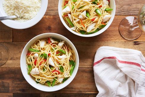 Spaghetti, Lump Crab, Snap Peas, Mint & Fresno