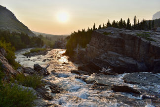 Swiftcurrent Creek Waking Up