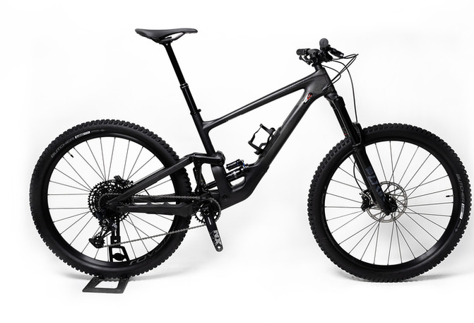 SPEICALIZED_ENDURO-COMP-29-S-4999.jpg