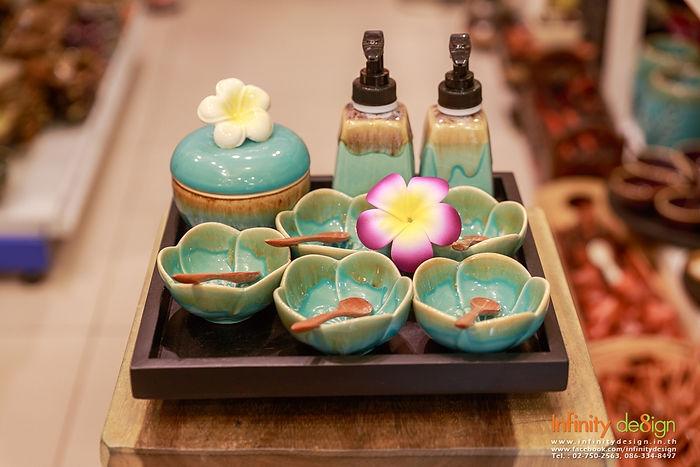 Thai Craft Ceramic Gallery 04-0.jpg