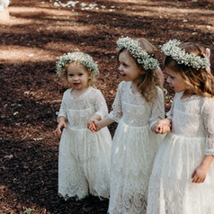 lindsey flower girls.jpg