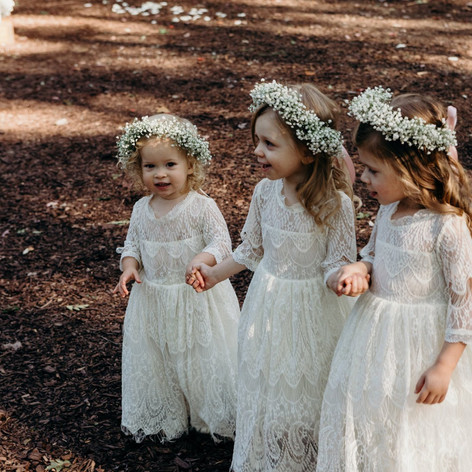 lindsey flower girls.jpg