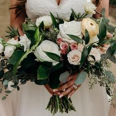 lindsey bouquet.jpg