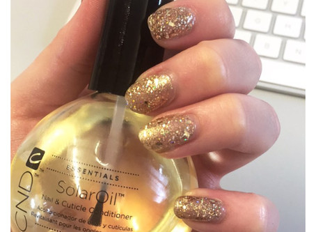 Nail Oil: The importance of using a nail oil daily!