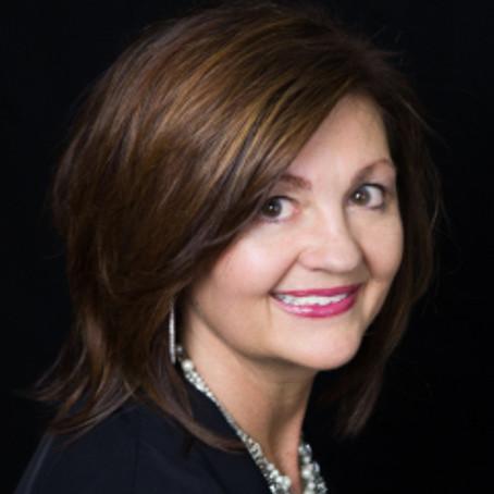 Meet Your 2015-2016 President-Elect & Treasurer – Elena Daciuk