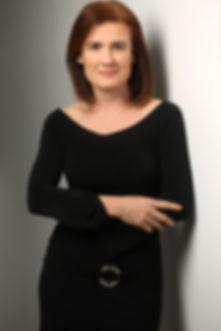 Cristina CURRICULUM.jpg
