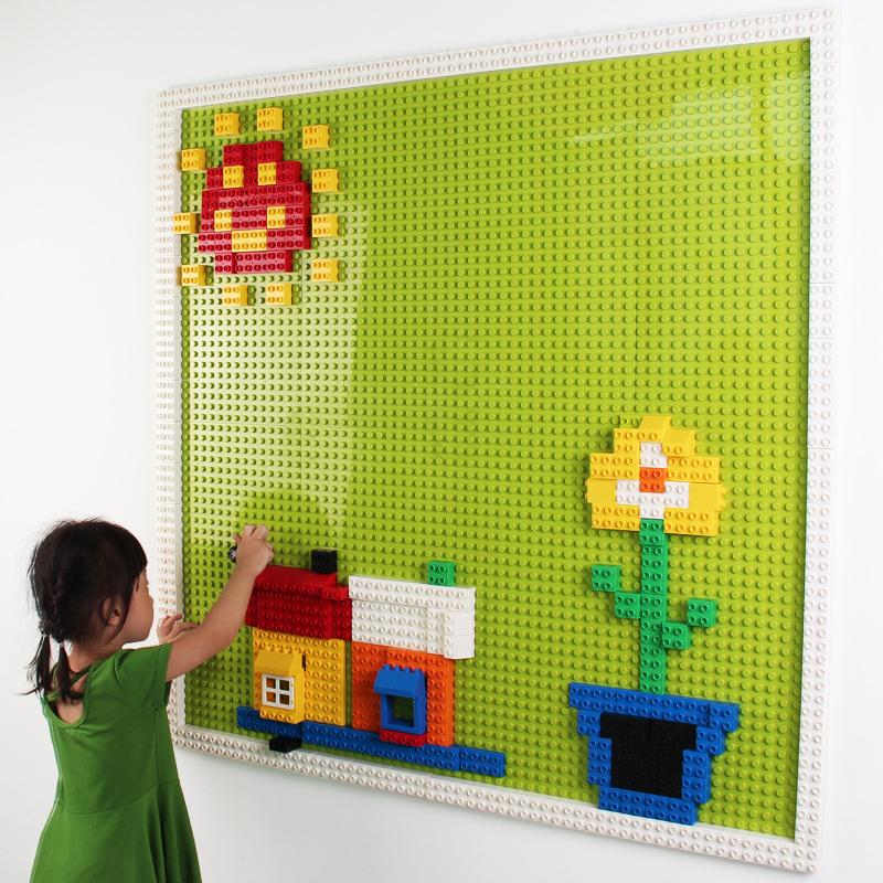 Настінна дошка LEGO