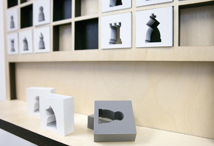 Шахове поле на стіні