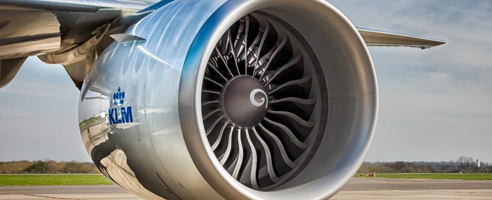 Jet-engine-KLM-1920x1000.jpg
