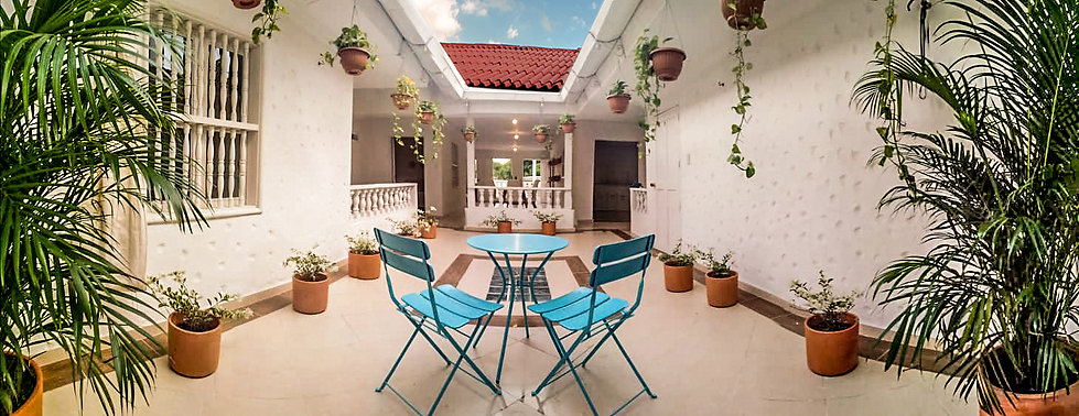 apartment-cartagena-smart-rentals-patio3