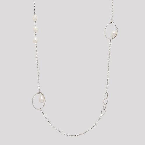 Oria Detailed Pearl Chain