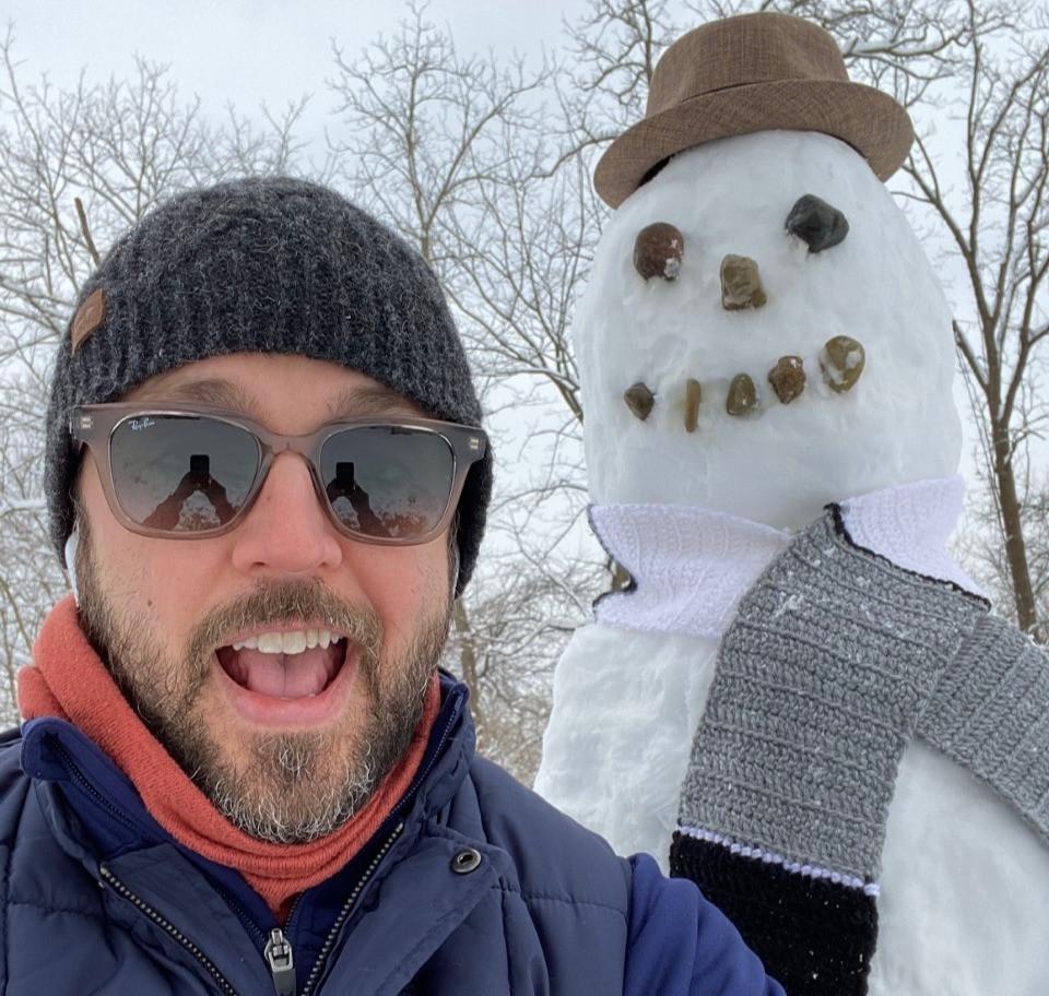 chris charlton charlton writes snowman author 2021