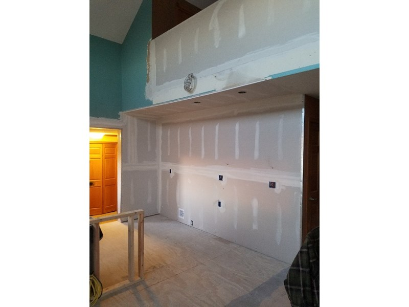New drywall to fix wall